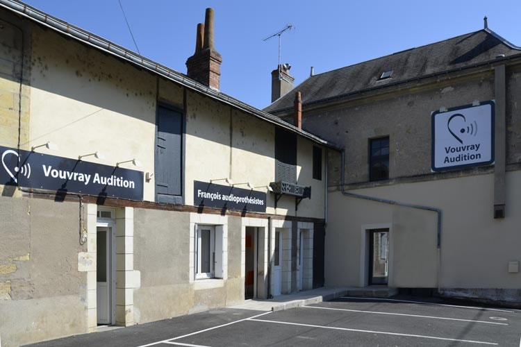 Photo Audioprothésiste Entendre Vouvray